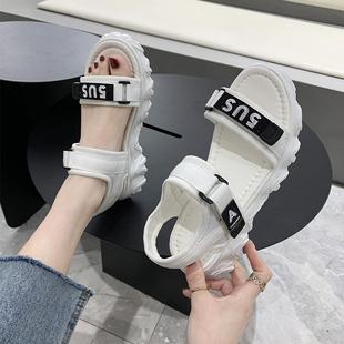 凉鞋女2020新款夏季新款时尚舒适平底软底女学生凉鞋女生平底防滑