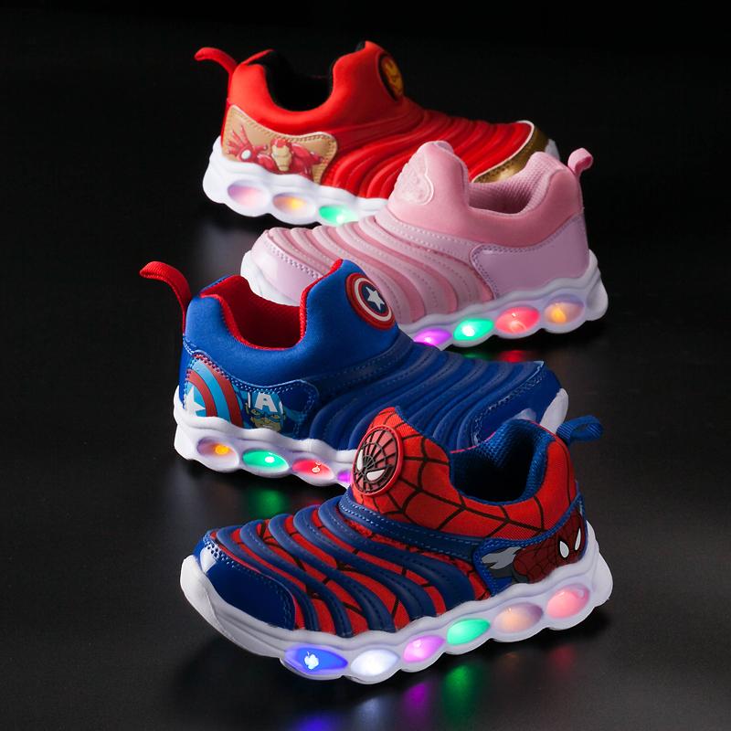 毛毛虫童鞋男童秋款带灯2发光宝宝运动女童闪灯儿童亮灯鞋男孩1岁