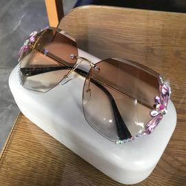 无框镶钻太阳眼镜女渐变镜片防紫外线个性墨镜优雅大气时尚潮流款图片