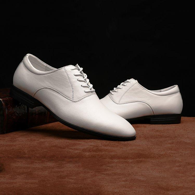春秋季真皮男鞋韩版英伦潮鞋休闲商务正装皮鞋男士透气白色婚礼鞋