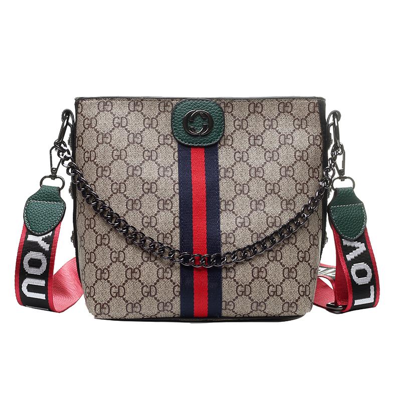 女包包2020夏季新品网红宽带单肩包韩版时尚斜挎包百搭洋气手提包