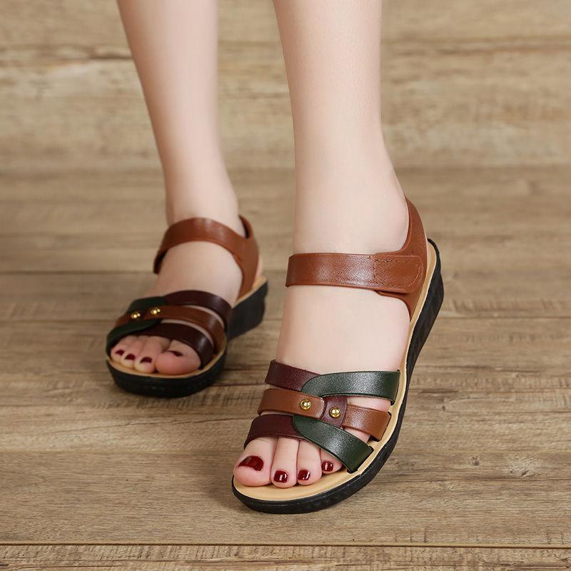 新款女式凉拖鞋夏季妈妈鞋女夏平底中老年凉鞋粗跟防滑女士凉鞋