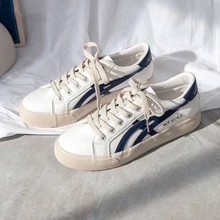 小白女鞋2021年春秋季新款ins潮鞋百搭韩版爆款学生帆布板鞋
