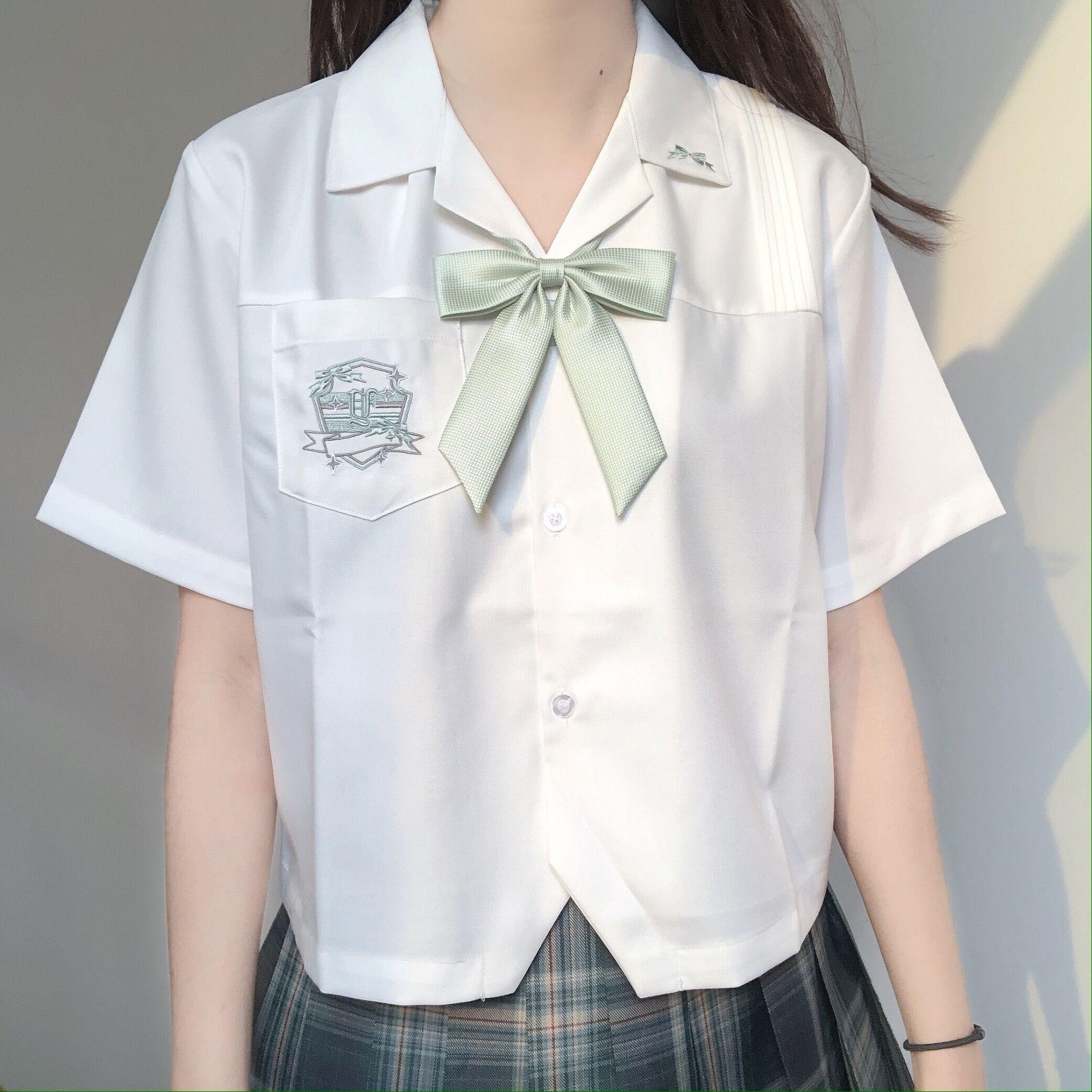 刺篇原创星河中 星迹高 jk制服原创刺绣开襟短袖白衬衫女夏款