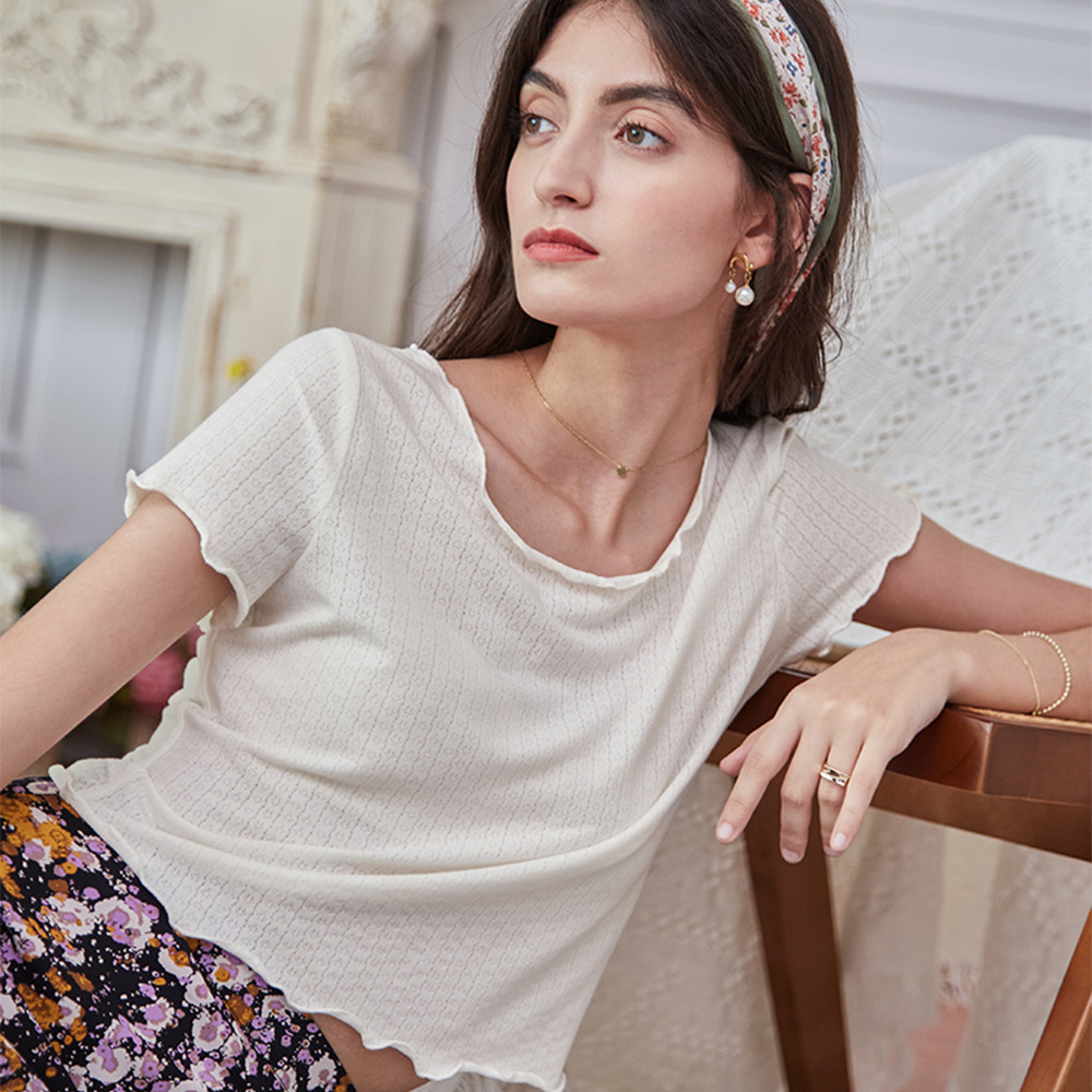 The same type of French fresh rural T-shirt in spring and summer of 2021 round neck short sleeve top