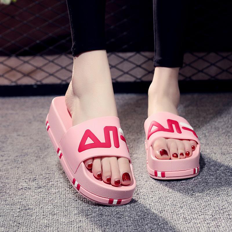拖鞋女夏2021新款时尚外穿百搭网红可湿水厚底一字拖ins潮款凉拖