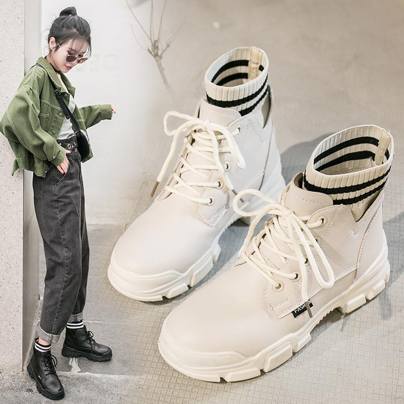 踏之健白色罗马鞋