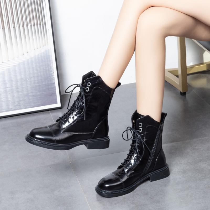 2020 new lace up low heel handsome motorcycle Martin boots womens British leather short boots flat bottom plush cotton shoes