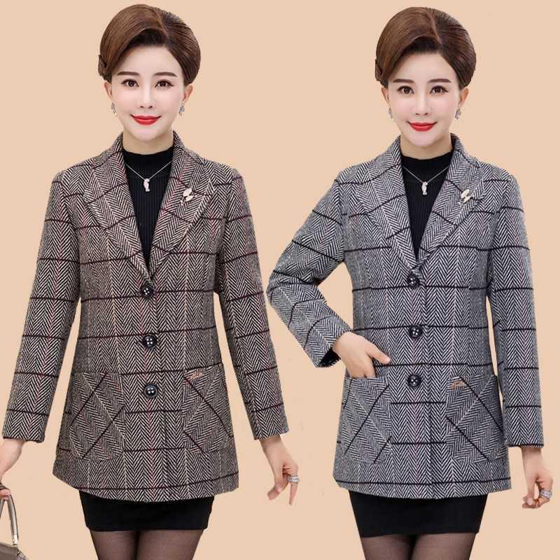 Middle aged and elderly womens clothing temperament suit medium length 40-50 year old mothers autumn Plaid suit coat for women.