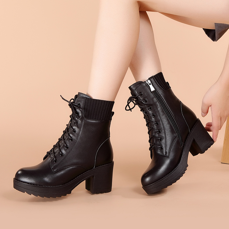 Real leather boots children autumn and winter single boots 2020 new Martin boots thick heel high heel winter shoes Plush medium short boots