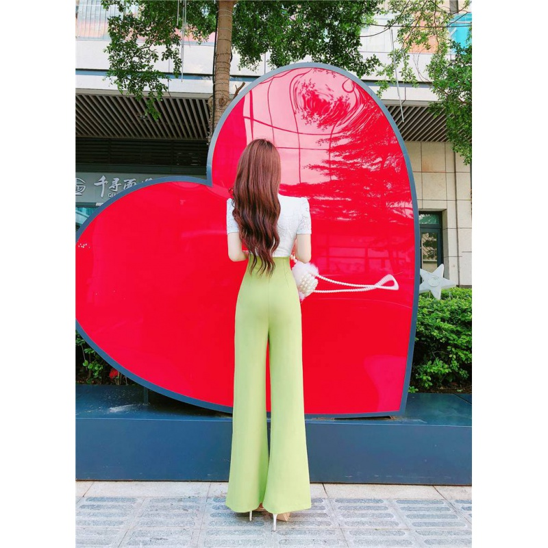 。 Fashion celebrity in summer 2020 high waisted slim one-piece straight tube wide leg pants with lace stitching