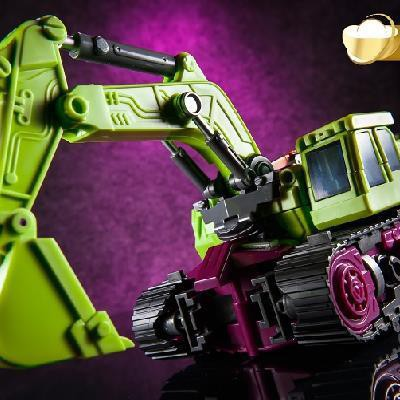 Japanese purchase of deformation toy King Kong enlarged version of Hercules engineering vehicle combination Decepticon six part model