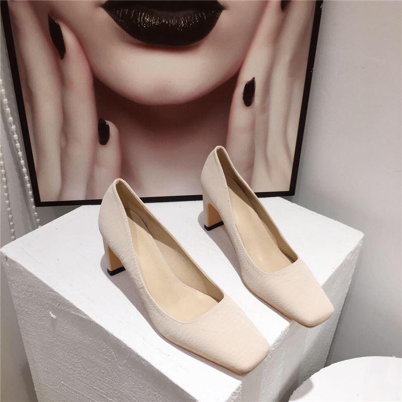 。方头单鞋女粗跟2020新款百搭中跟浅口职业高跟鞋黑色工作鞋软底