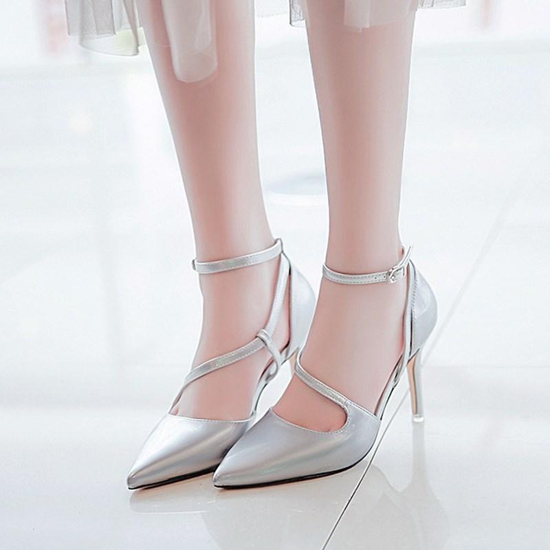 漂亮的李慧珍夏乔同款高跟鞋女李溪芮2017新款韩版尖头一字扣凉鞋