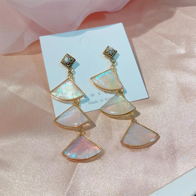 925银针韩国白雅言同款半透几何扇形粼光贝壳耳环时尚耳坠耳饰女