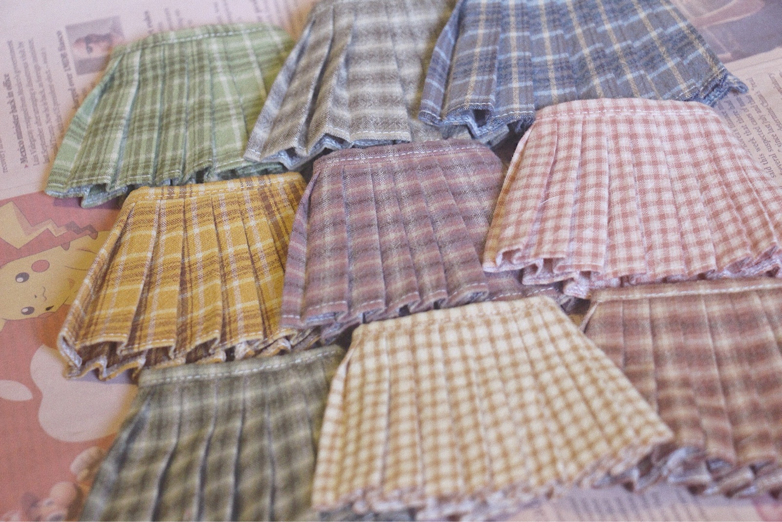 New color spot 9 colors 68 package mail bjd6 points 1 / 6 baby clothes accessories pleated skirt