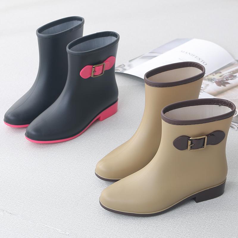 Fashionable rain shoes womens medium tube Plush warm water shoes Korean rain boots womens Non Slip plastic overshoes adult water boots