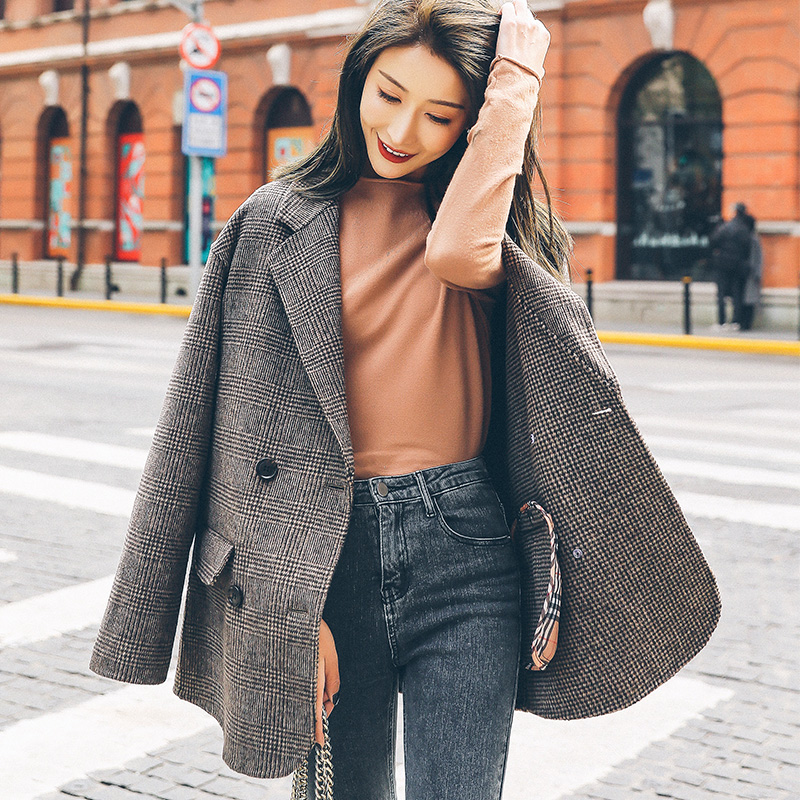 Winter 2020 new fashion straight tube loose grey plaid coat double faced cashmere medium long woolen coat for women