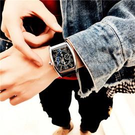 中学生手表男 时尚潮流 学生石英表大表盘酒桶形个性创意简约腕表
