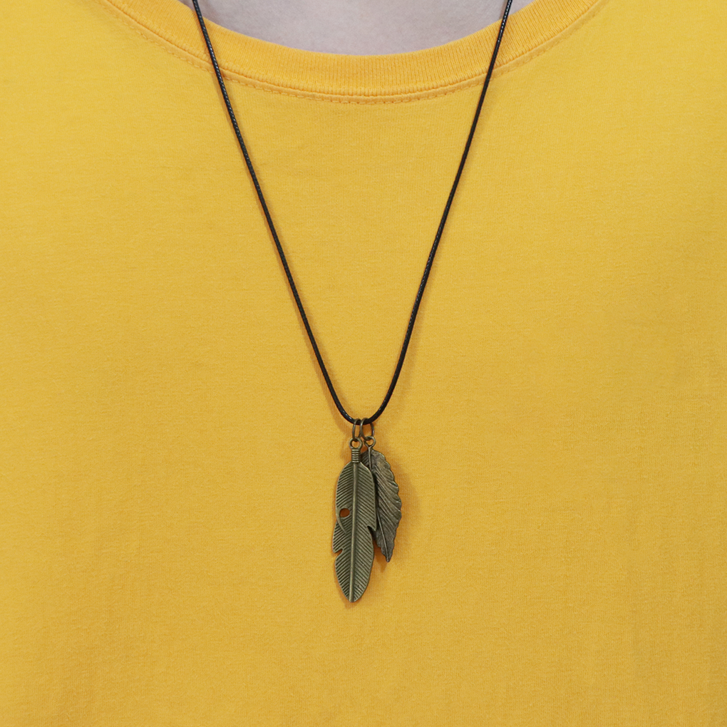 Original hiphop Leaf Necklace mens Korean fashion simple personality tree hemp leaf maple leaf Chaoren Leaf Pendant