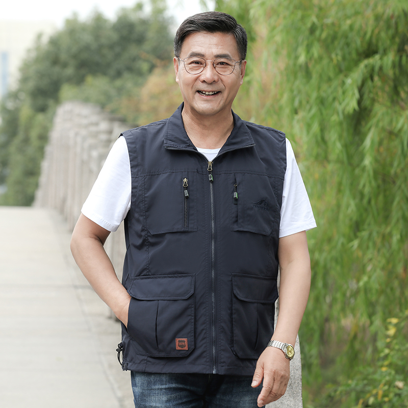Multi-pocket spring and autumn thin men's vest middle-aged and elderly father loose multi-pocket vest vest father tooling jacket