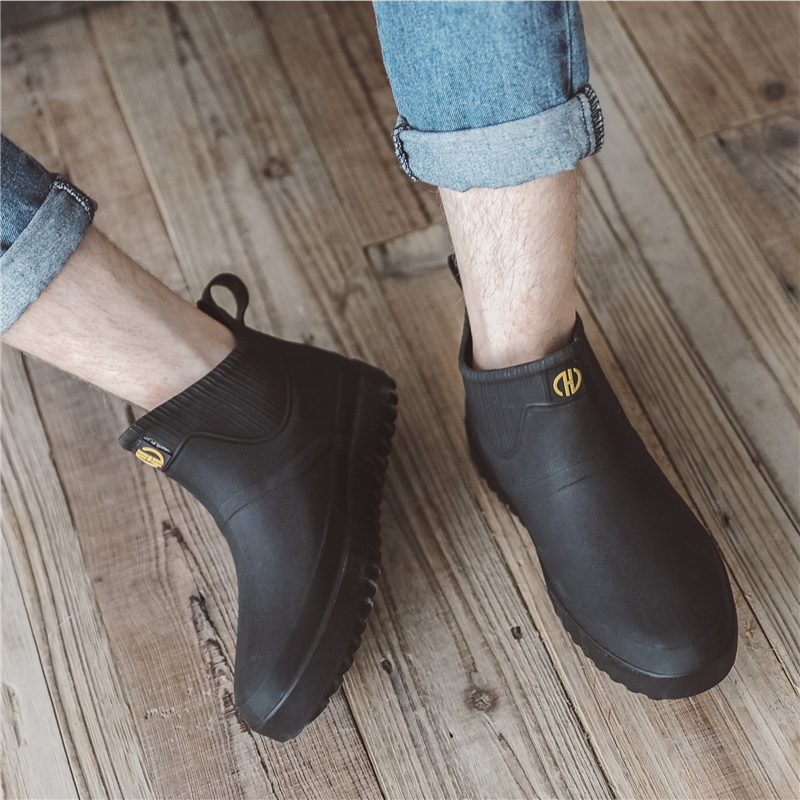 Fashionable rain shoes men's spring and autumn short tube antiskid waterproof water shoes Plush warm rain boots low top overshoes kitchen rubber shoes