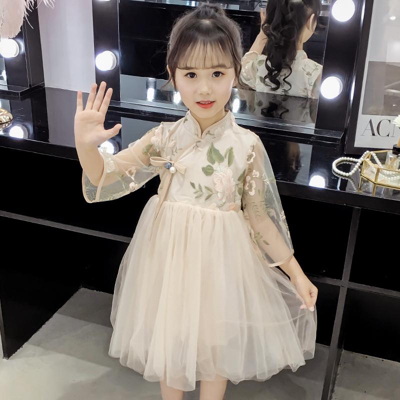 网红2020春夏新款民族风刺绣公主裙儿童复古裙洋气时尚连衣裙女童