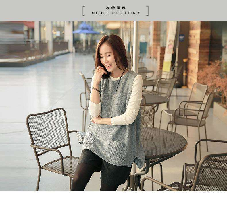 Vest female Korean version back button loose Pullover wool waistcoat sleeveless sweater student wool knitted vest autumn
