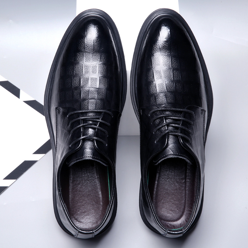Formal leather shoes mens 2019 new business casual mens shoes leather Plush warm mens British Shoes Black