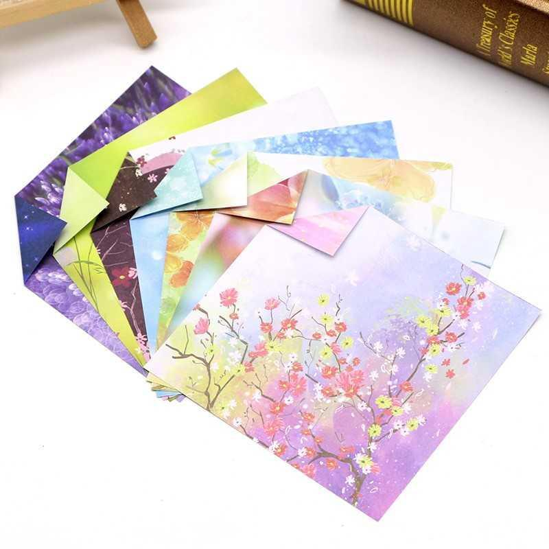 Beautiful Chinese print pattern, hand-made square origami paper with pattern on both sides, cartoon star color