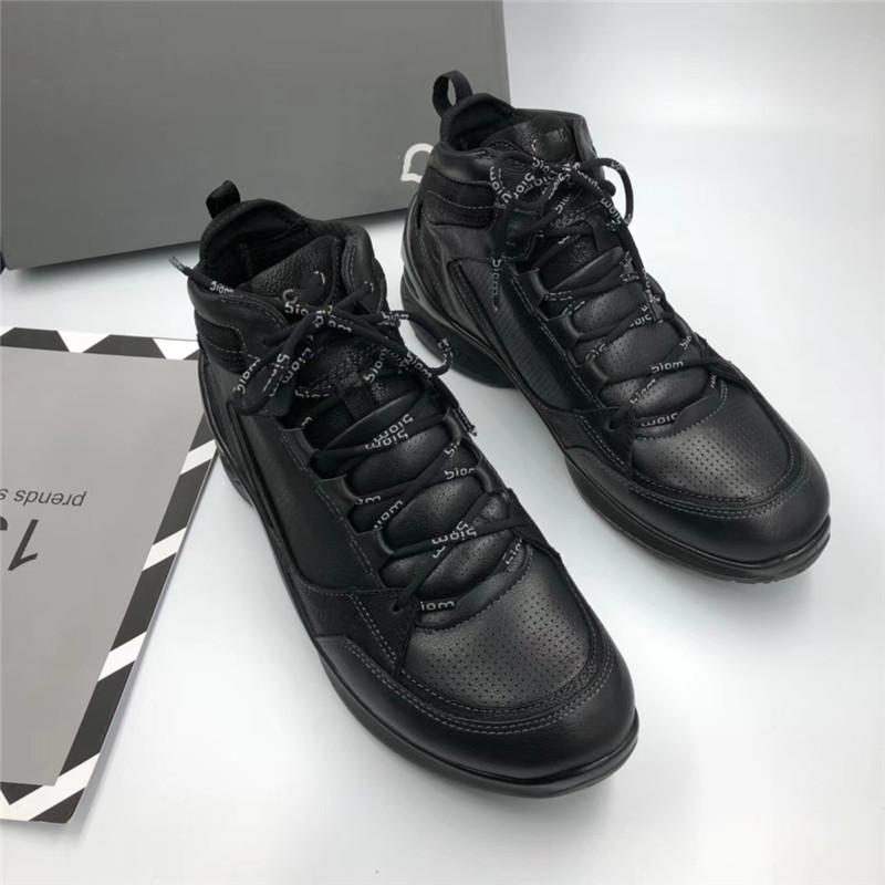 Korea 2020 new mens high top shoes sports casual mens boots walking vitality fitness top leather mens shoes 83