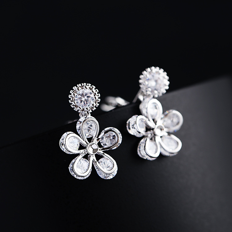 Plum new clip on Earrings fashion personality versatile Earrings micro inlaid zircon ear hole free womens ear clip