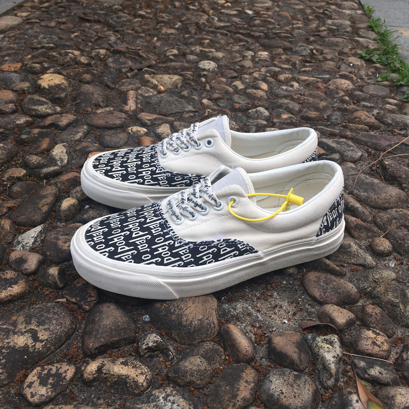 White Vance byevans fog black and white letter print Wu Yifan same classic low top canvas mens and womens board shoes