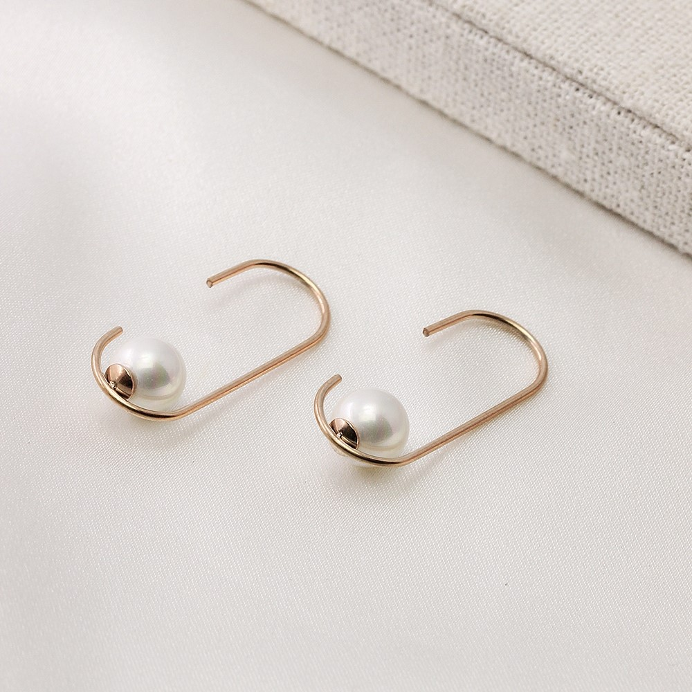 Minimalist style Korean geometric Pearl Earrings womens versatile temperament cold stud accessories designer trend
