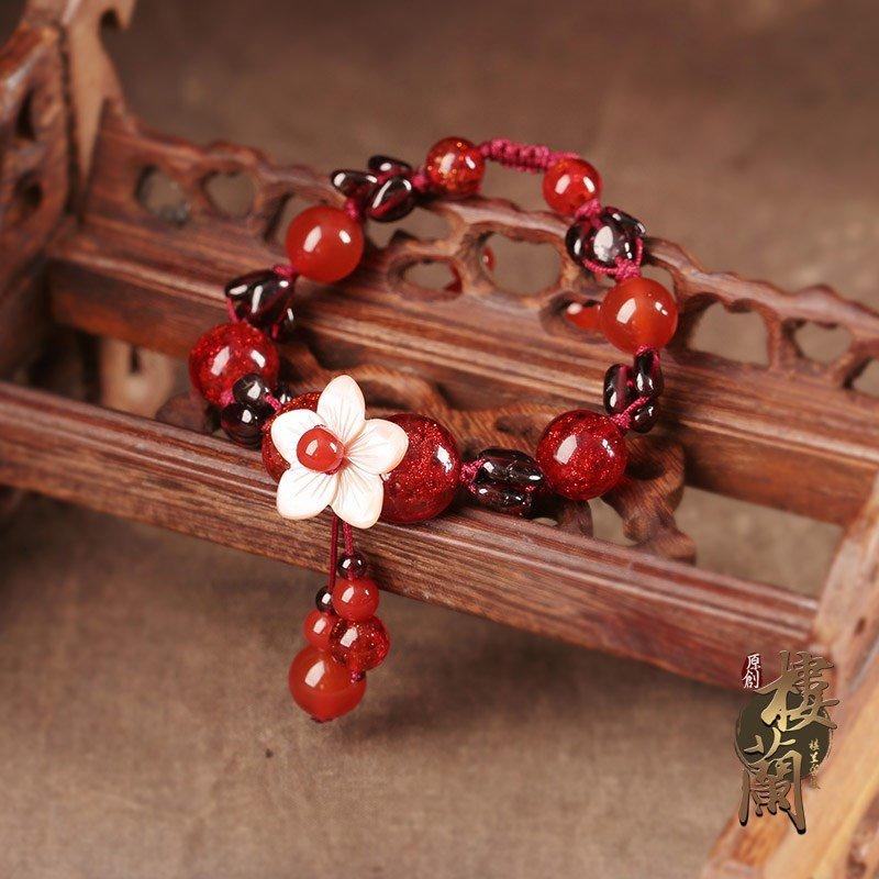 Antique national style red rope bracelet female Garnet Bracelet Korean version simple personality glass hand decoration retro decoration