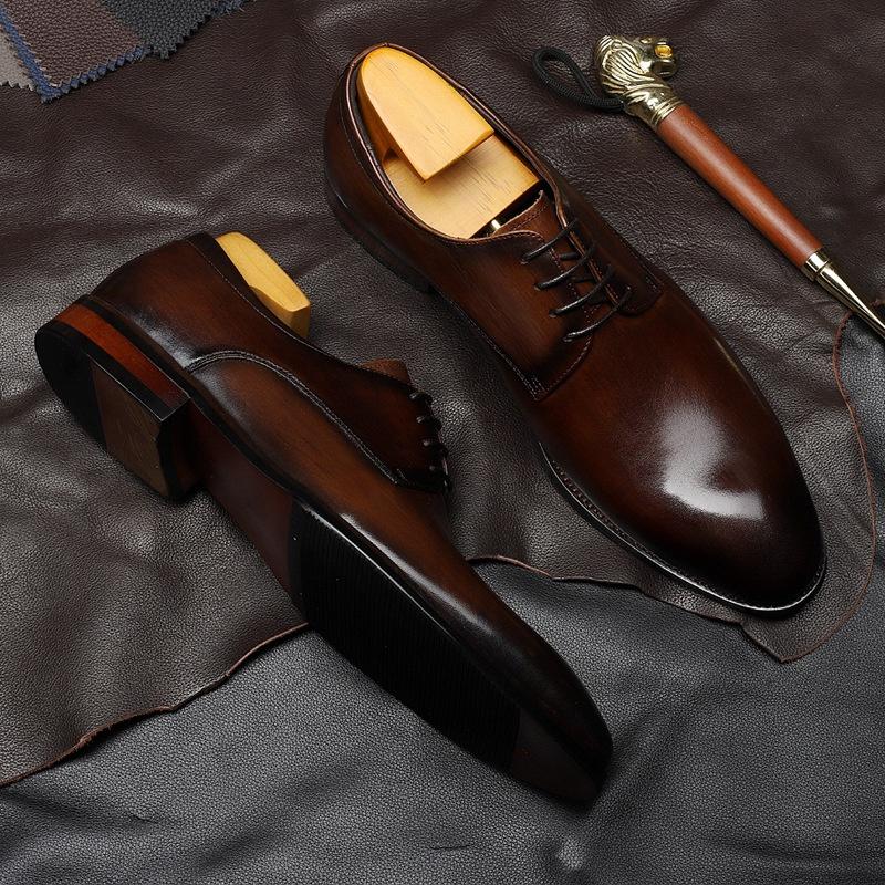 高級ビジネスカジュアル靴男性正装本革の柔らかい底にヴィンテージエレンファッションデビー靴ブラウン花婿