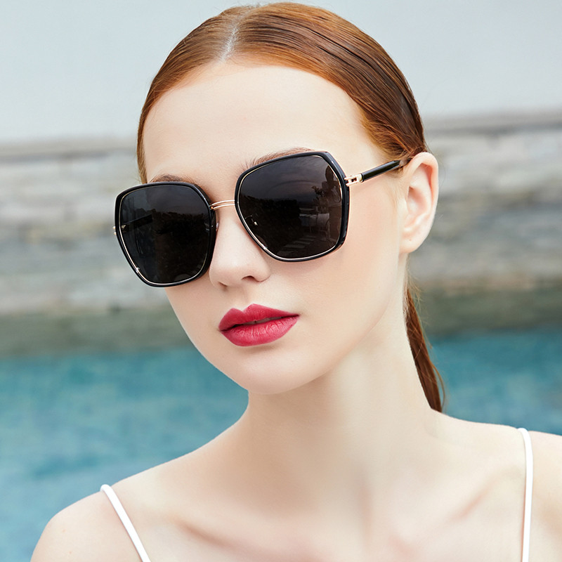 Sunglasses Womens big face looks thin and fashionable big frame round face Sunglasses Womens sunscreen and anti ultraviolet driving polarizing glasses