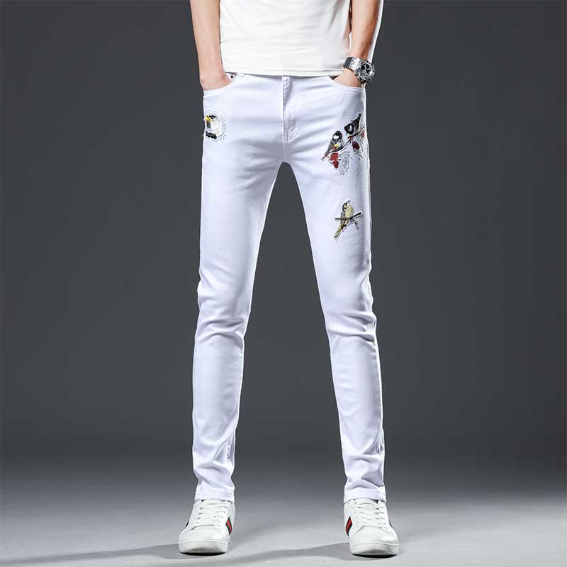 Spring and summer new high-end white embroidered jeans fashion label print elastic Korean style casual pants for men