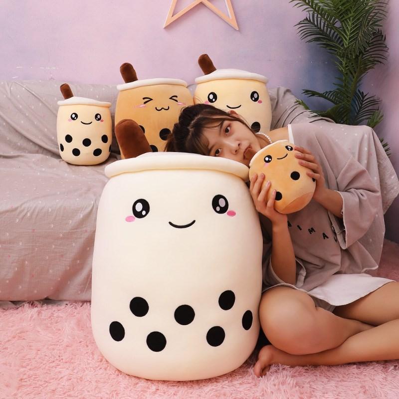 中國代購 中國批發-ibuy99 日用杂货 棒棒熊日用杂货店棒棒熊玩具店创意可爱奶茶杯毛绒玩具公仔抱枕