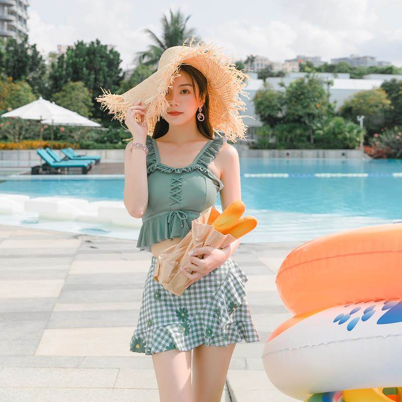 New youth student top for middle school students a full set of holiday hit sleeveless new two piece female swimsuit