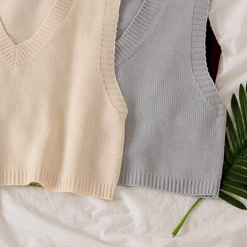 New womens sweater vest V-neck Korean Short sleeveless top for fall / winter 2019