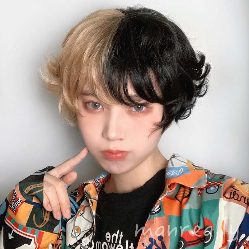 新しい漫真のかつらの短い髪の男女通用する黒と白のコントラストの韓国版の格好が真に迫っています。