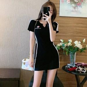 休闲连衣裙夏2020新款韩版运动风短袖T恤裙气质显瘦性感夜店女装