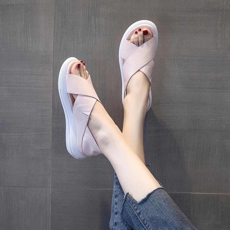 凉鞋女鞋2020年新款夏季平底鱼嘴中跟交叉运动休闲实用孕妇鞋子夏