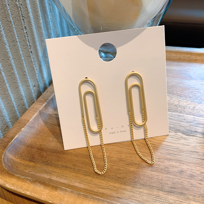 Simple style, long European and American exaggerated geometric earrings, 2019 new fashion, personalized earrings, chain ornaments, female