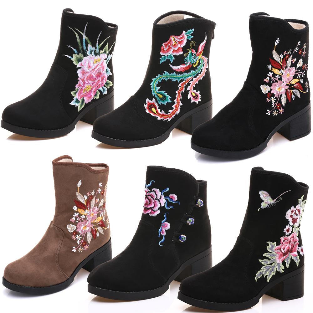 包邮妈妈鞋高跟复古民族风短靴女粗跟绣花靴冬靴新款棉靴坡跟布靴