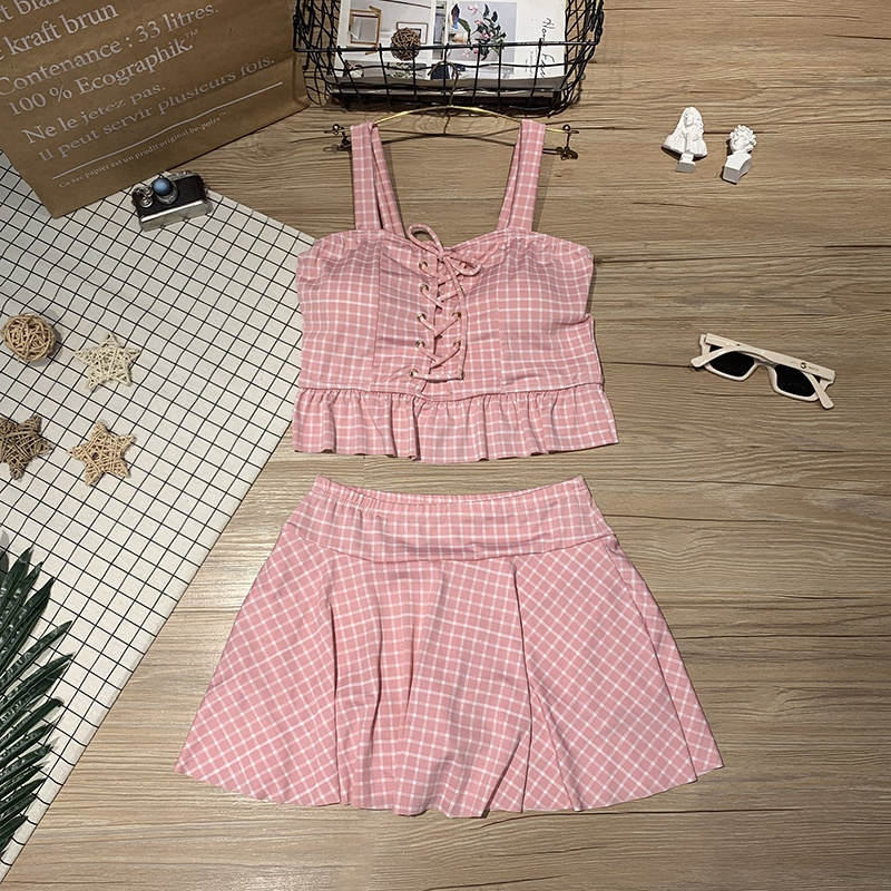 New hot spring style girl small fresh split skirt bikini two-piece set with plaid high waist to cover the belly and show thin