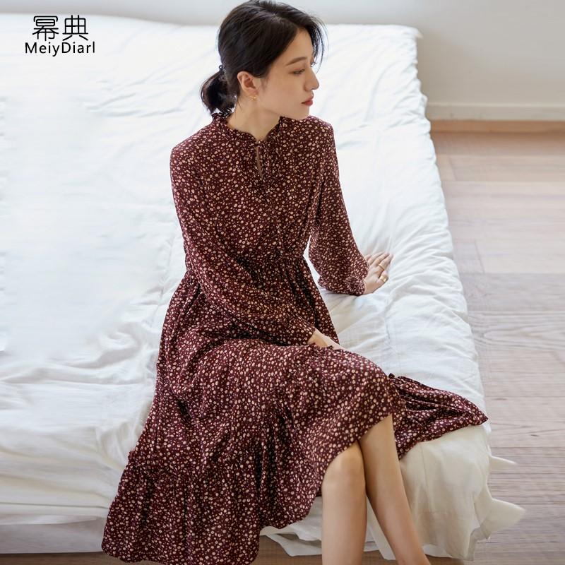 法式碎花连衣裙收腰显瘦秋装2020新款女气质中长款休闲复古连身裙