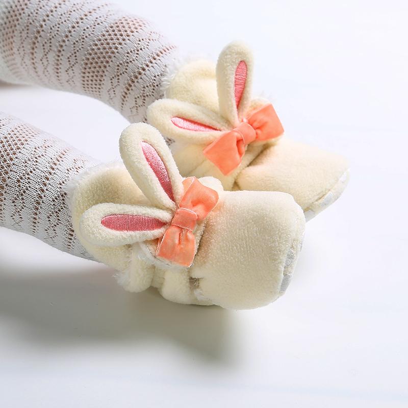 初生9十个月宝宝鞋秋冬婴儿鞋子