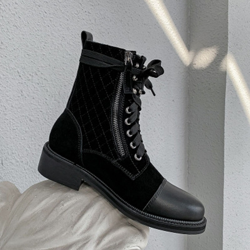 European and American British style 2020 new autumn / winter leather Martin boots womens lace up round head diamond lattice thick heel double zipper short boots